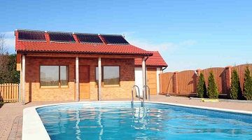 Swimming Pool with Solar